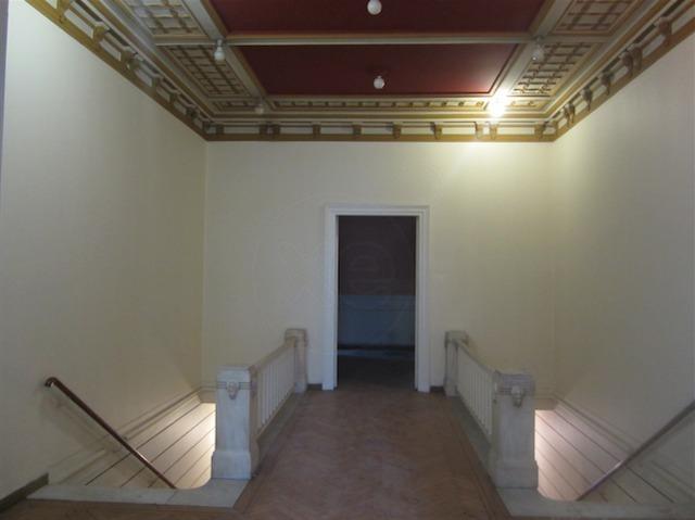 Ενοικίαση επαγγελματικού χώρου Αθήνα (Ακαδημία) Κτίριο 1340 τ.μ.