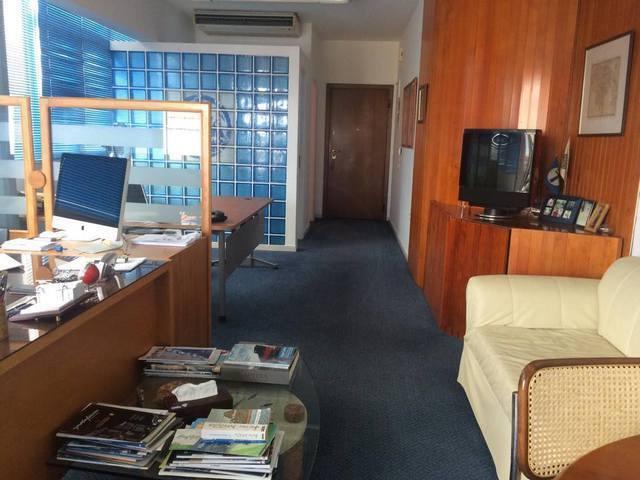 Ενοικίαση επαγγελματικού χώρου Γλυφάδα (Άνω Γλυφάδα) Γραφείο 41 τ.μ. επιπλωμένο