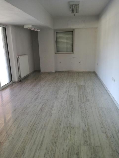 Εικόνα 4 από 6 - Κτίριο 980 τ.μ. -  Γ΄Νεκροταφείο Αθηνών
