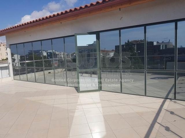 Ενοικίαση επαγγελματικού χώρου Γλυφάδα (Κέντρο) Γραφείο 150 τ.μ. ανακαινισμένο