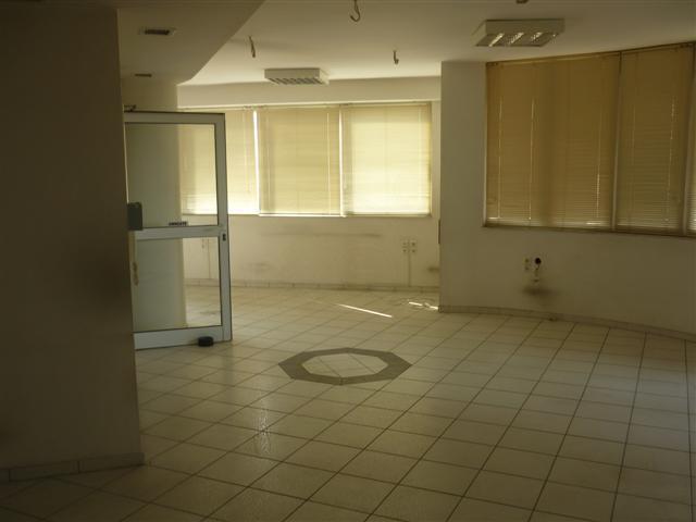 Ενοικίαση επαγγελματικού χώρου Αθήνα (Ελαιώνας) Γραφείο 663 τ.μ.