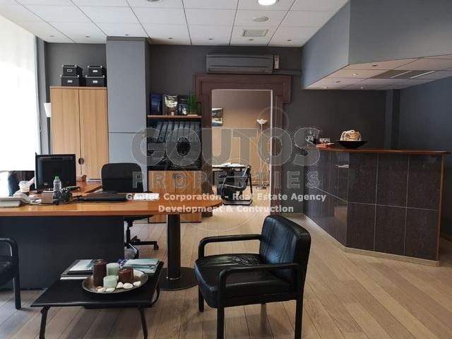 Ενοικίαση επαγγελματικού χώρου Γλυφάδα (Κέντρο) Γραφείο 110 τ.μ. ανακαινισμένο