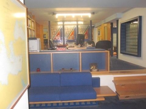 Ενοικίαση επαγγελματικού χώρου Λαμία Γραφείο 120 τ.μ. επιπλωμένο νεόδμητο
