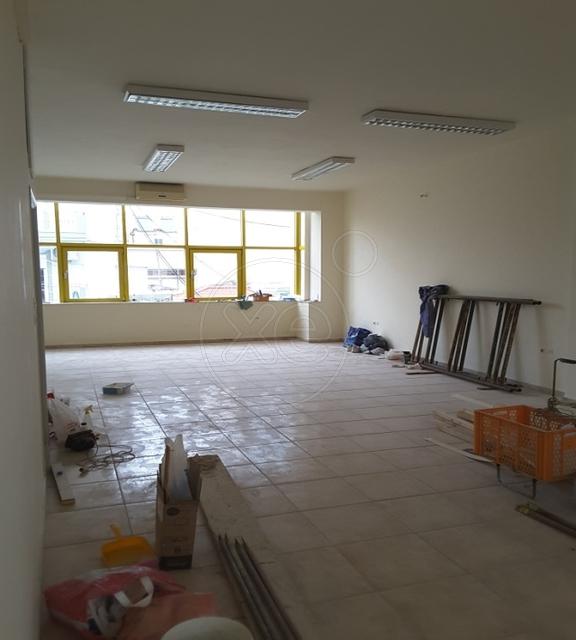 Ενοικίαση επαγγελματικού χώρου Δραπετσώνα (Άγιος Διονύσιος) Γραφείο 145 τ.μ.