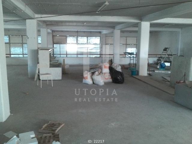 Ενοικίαση επαγγελματικού χώρου Καματερό Κατάστημα 924 τ.μ. ανακαινισμένο