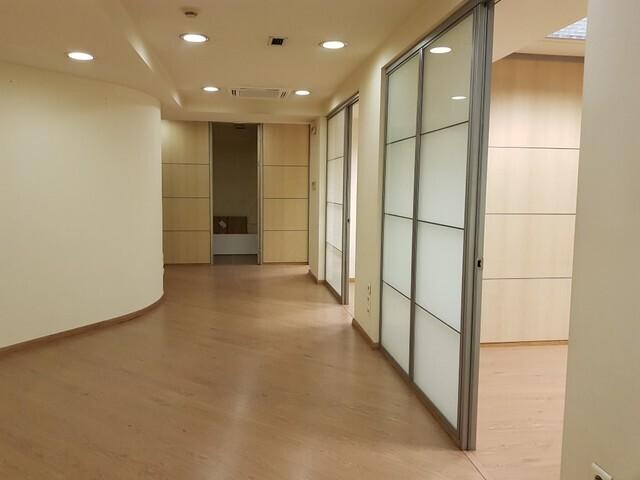 Ενοικίαση επαγγελματικού χώρου Αθήνα (Παγκράτι) Γραφείο 279 τ.μ.