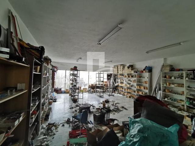 Εικόνα 2 από 10 - Κτίριο 460 τ.μ. -  Κάτω Καλογρέζα