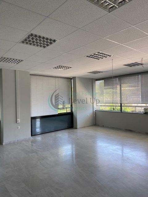 Ενοικίαση επαγγελματικού χώρου Μαρούσι (Κέντρο) Γραφείο 284 τ.μ. ανακαινισμένο
