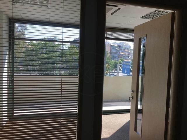 Ενοικίαση επαγγελματικού χώρου Καλλιθέα (Λόφος Σικελίας) Γραφείο 383 τ.μ. ανακαινισμένο