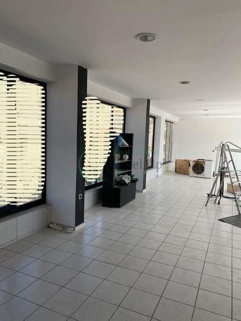 Ενοικίαση επαγγελματικού χώρου Χαλάνδρι (Δημαρχείο) Γραφείο 240 τ.μ. ανακαινισμένο