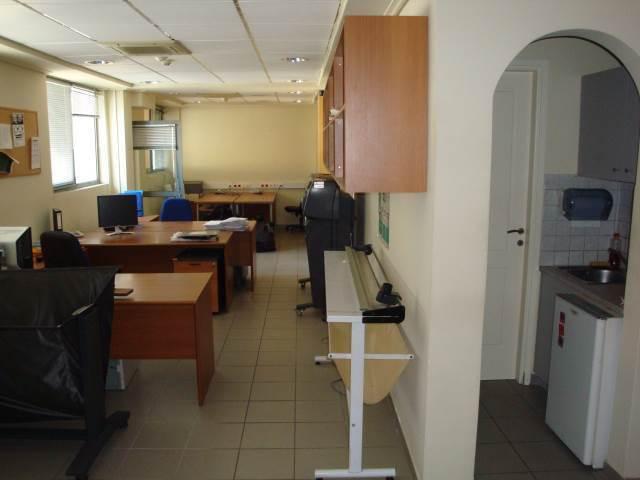 Ενοικίαση επαγγελματικού χώρου Αγία Παρασκευή (Δημοδιδασκάλων) Επαγγελματικός χώρος 700 τ.μ.