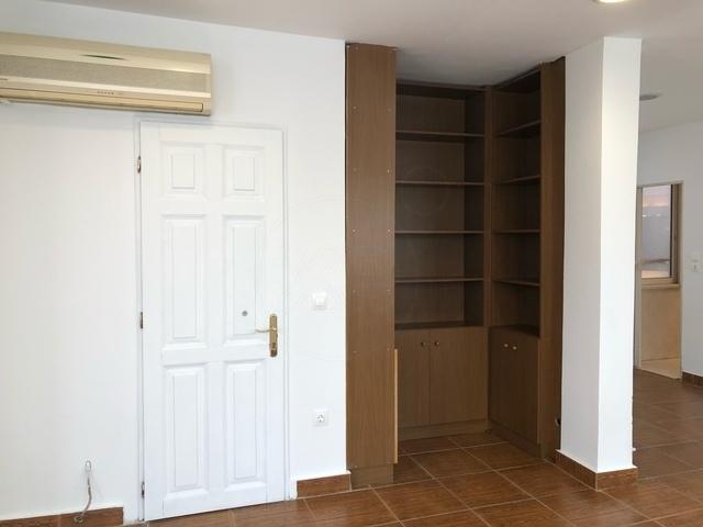 Ενοικίαση επαγγελματικού χώρου Αθήνα (Εξάρχεια) Διαμέρισμα 44 τ.μ. ανακαινισμένο