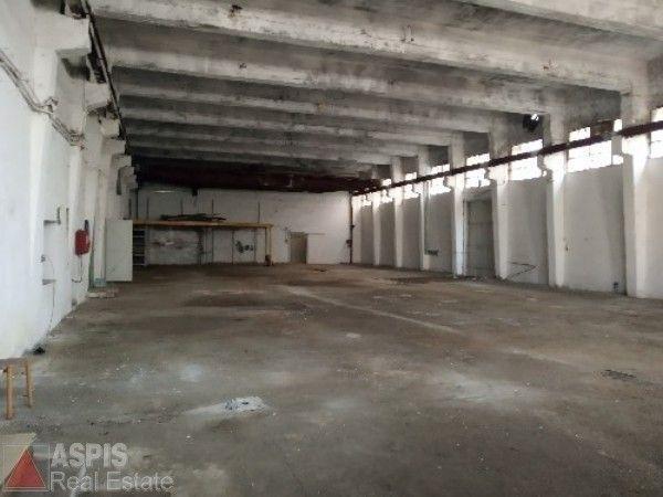 Ενοικίαση επαγγελματικού χώρου Δραπετσώνα (Άγιος Διονύσιος) Βιομηχανικός χώρος 657 τ.μ.