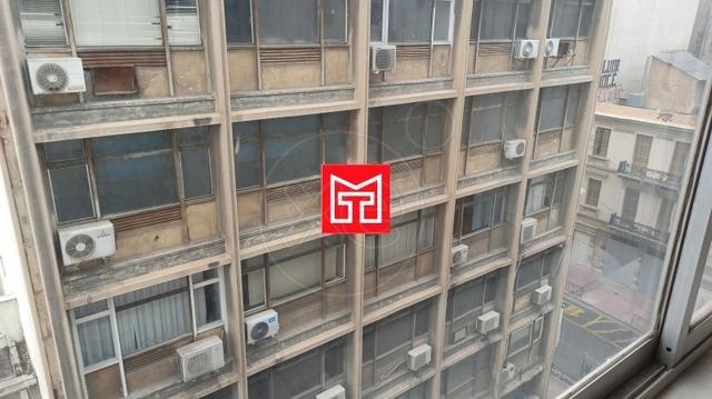 Ενοικίαση επαγγελματικού χώρου Αθήνα (Εξάρχεια) Γραφείο 19 τ.μ. επιπλωμένο