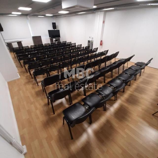 Ενοικίαση επαγγελματικού χώρου Αθήνα (Κουκάκι) Αίθουσα 85 τ.μ. επιπλωμένο