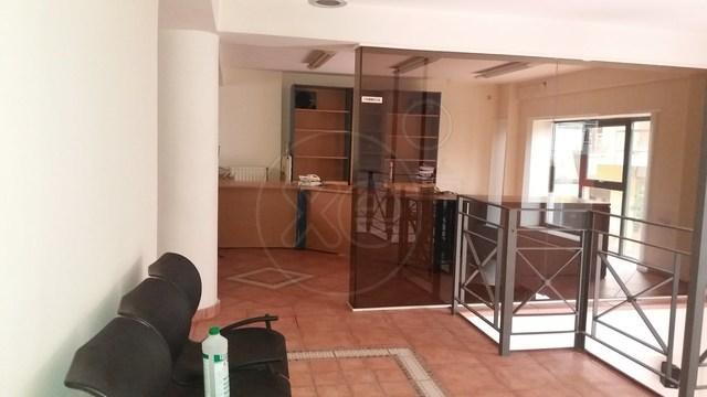 Ενοικίαση επαγγελματικού χώρου Περιστέρι (Τσαλαβούτα) Επαγγελματικός χώρος 450 τ.μ. επιπλωμένο νεόδμητο