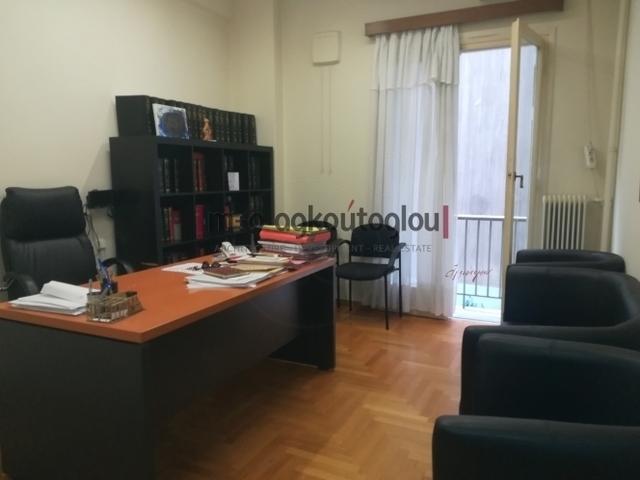 Ενοικίαση επαγγελματικού χώρου Αθήνα (Κολωνάκι) Γραφείο 44 τ.μ.