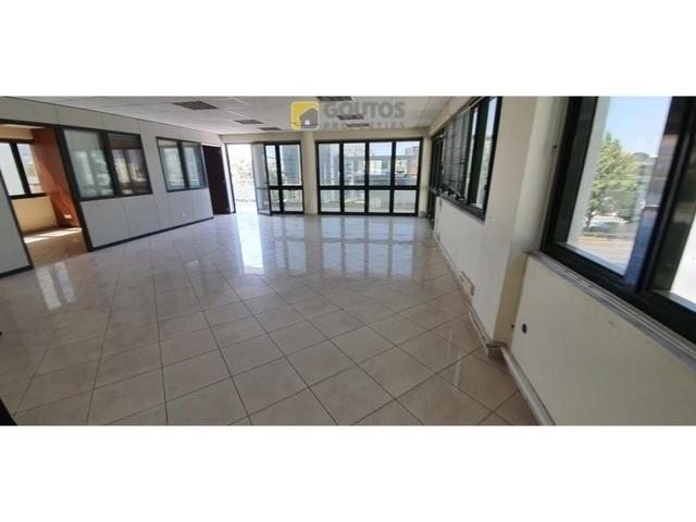 Ενοικίαση επαγγελματικού χώρου Γλυφάδα (Κέντρο) Γραφείο 330 τ.μ. ανακαινισμένο