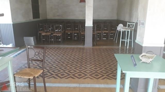 Ενοικίαση επαγγελματικού χώρου Παλαιό Φάληρο (Αγιά Βαρβάρα) Κατάστημα 140 τ.μ.