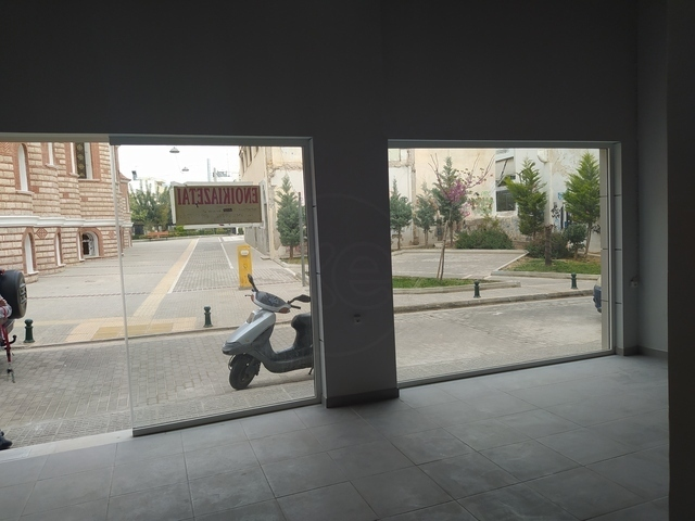 Ενοικίαση επαγγελματικού χώρου Άγιος Δημήτριος Αττικής (Ανθέων) Κατάστημα 55 τ.μ. ανακαινισμένο