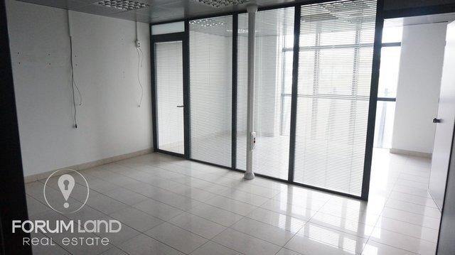 Ενοικίαση επαγγελματικού χώρου Θεσσαλονίκη (Πυλαία) Γραφείο 420 τ.μ. ανακαινισμένο