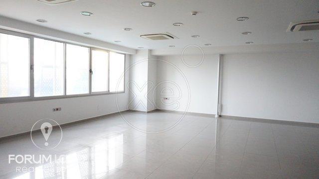 Ενοικίαση επαγγελματικού χώρου Θέρμη Γραφείο 185 τ.μ. ανακαινισμένο