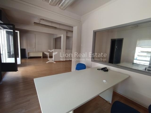 Ενοικίαση επαγγελματικού χώρου Αθήνα (Εξάρχεια) Γραφείο 200 τ.μ.
