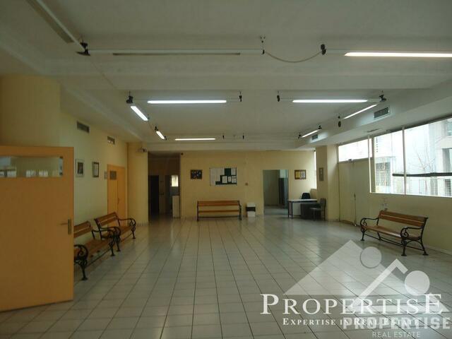 Εικόνα 1 από 3 - Επαγγελματικό κτίριο 3,365 στρ. -  Λαζάρου
