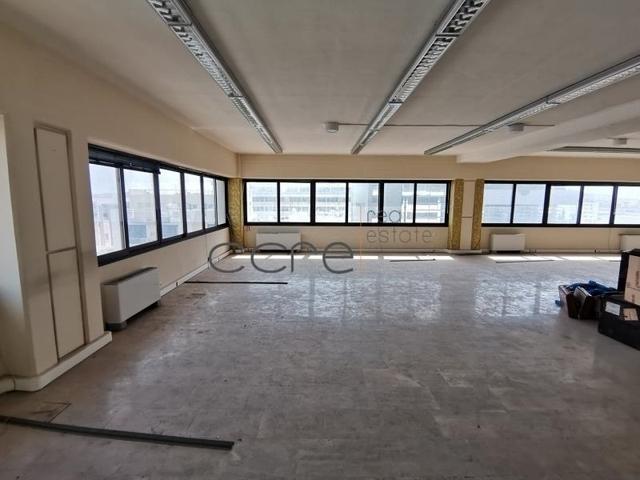 Ενοικίαση επαγγελματικού χώρου Παλαιό Φάληρο (Πλανητάριο) Γραφείο 283 τ.μ.
