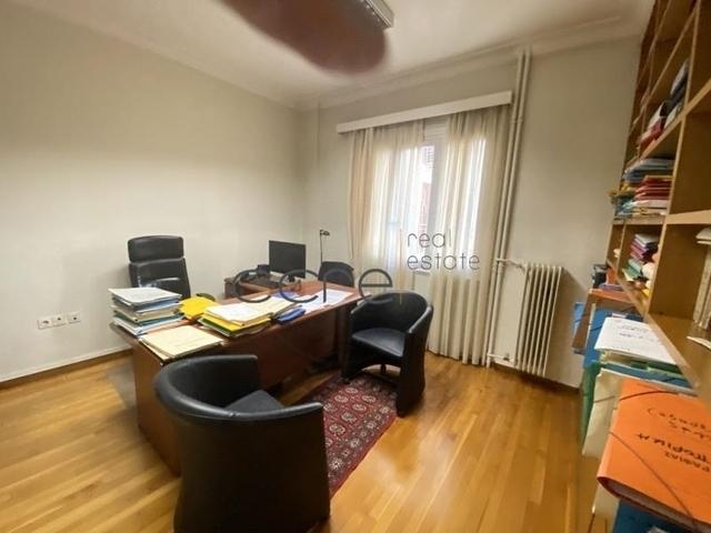 Ενοικίαση επαγγελματικού χώρου Αθήνα (Κολωνάκι) Γραφείο 170 τ.μ. ανακαινισμένο