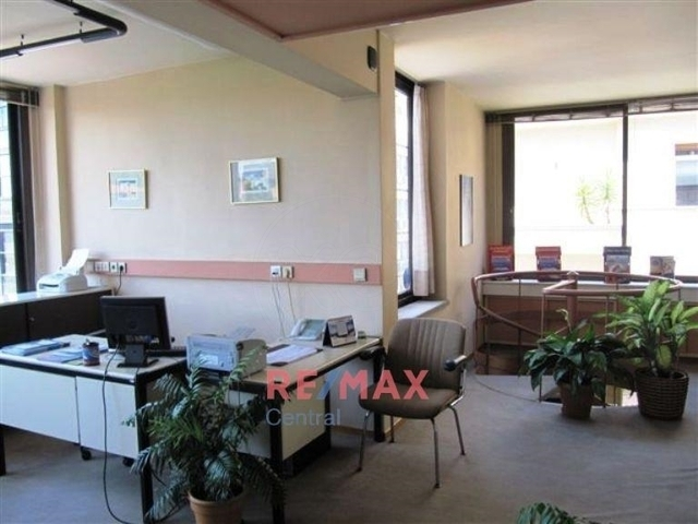 Εικόνα 2 από 7 - Γραφείο 140 τ.μ. -  Κολωνάκι
