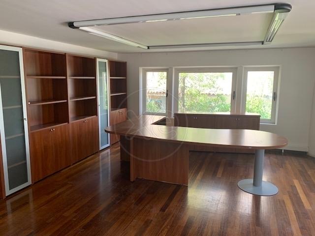 Ενοικίαση επαγγελματικού χώρου Κηφισιά (Κάτω Κηφισιά) Γραφείο 214 τ.μ. ανακαινισμένο