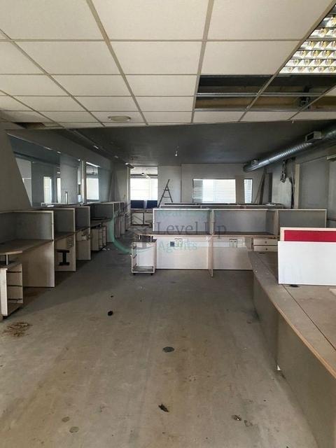 Ενοικίαση επαγγελματικού χώρου Καλλιθέα (Σιβιτανίδειος) Γραφείο 502 τ.μ. ανακαινισμένο