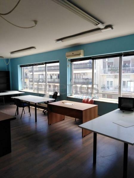 Ενοικίαση επαγγελματικού χώρου Αθήνα (Παγκράτι) Γραφείο 112 τ.μ. επιπλωμένο