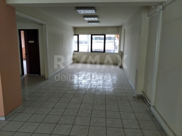 Ενοικίαση επαγγελματικού χώρου Λάρισα Γραφείο 135 τ.μ.