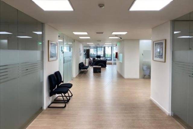 Ενοικίαση επαγγελματικού χώρου Αθήνα (Κέντρο) Γραφείο 701 τ.μ.