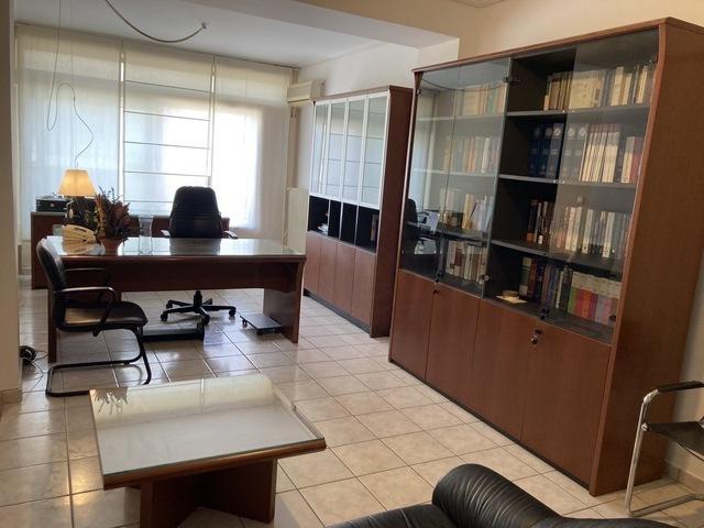 Ενοικίαση επαγγελματικού χώρου Λαμία Γραφείο 45 τ.μ. επιπλωμένο