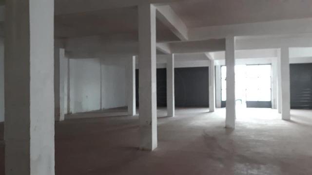 Ενοικίαση επαγγελματικού χώρου Ίλιον (Άγιος Φανούριος) Επαγγελματικός χώρος 410 τ.μ.
