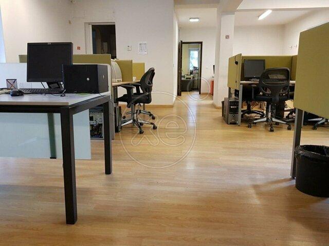 Ενοικίαση επαγγελματικού χώρου Χαλάνδρι (Αγία Άννα) Γραφείο 136 τ.μ. επιπλωμένο