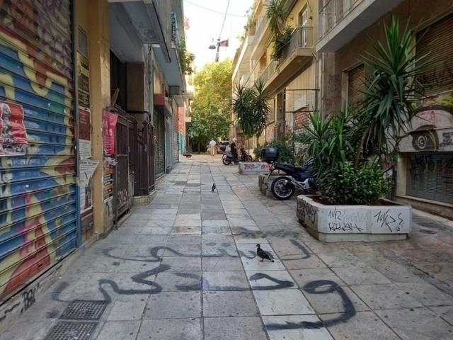Ενοικίαση επαγγελματικού χώρου Αθήνα (Εξάρχεια) Κατάστημα 43 τ.μ.