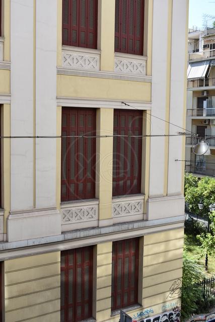 Ενοικίαση επαγγελματικού χώρου Αθήνα (Εξάρχεια) Διαμέρισμα 50 τ.μ. ανακαινισμένο