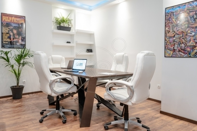 Ενοικίαση επαγγελματικού χώρου Κηφισιά (Νέα Κηφισιά) Γραφείο 12 τ.μ. ανακαινισμένο