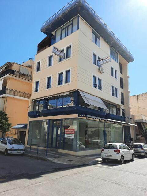Ενοικίαση επαγγελματικού χώρου Νίκαια (Μητρόπολη) Κτίριο 370 τ.μ.