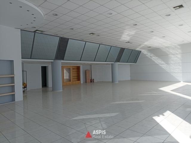 Ενοικίαση επαγγελματικού χώρου Γλυφάδα (Αιξωνή) Επαγγελματικός χώρος 821 τ.μ. ανακαινισμένο