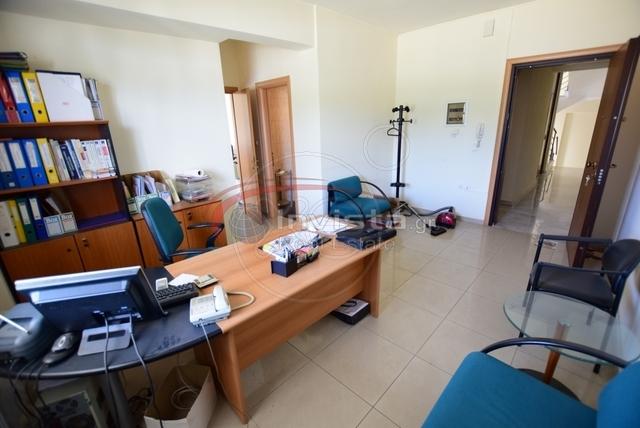 Ενοικίαση επαγγελματικού χώρου Καλαμαριά Γραφείο 60 τ.μ.