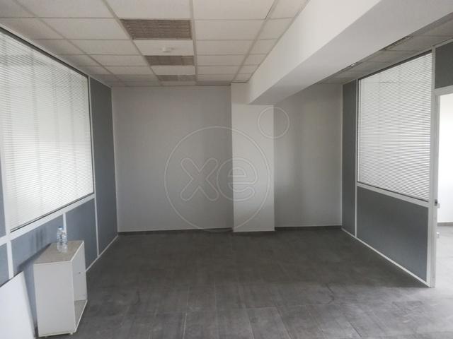 Ενοικίαση επαγγελματικού χώρου Αργυρούπολη (Κέντρο) Γραφείο 80 τ.μ.