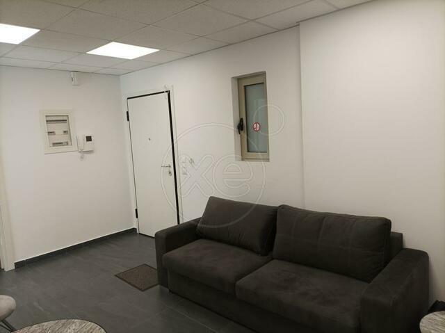 Ενοικίαση επαγγελματικού χώρου Γέρακας (Κέντρο) Γραφείο 82 τ.μ. επιπλωμένο