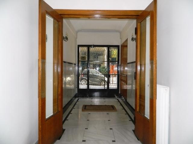 Ενοικίαση επαγγελματικού χώρου Athina (Κολωνάκι) Γραφείο 135 τ.μ.