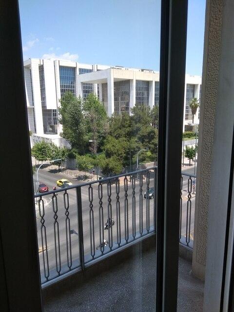 Ενοικίαση επαγγελματικού χώρου Αθήνα (Νεάπολη) Γραφείο 65 τ.μ. ανακαινισμένο