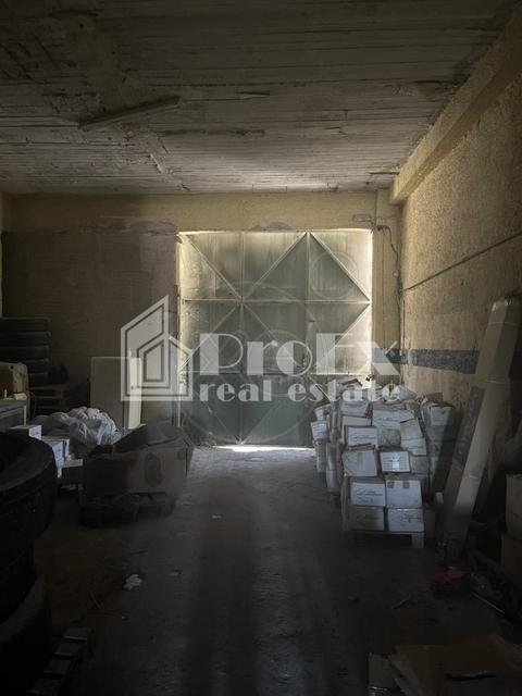 Ενοικίαση επαγγελματικού χώρου Ταύρος Αττικής (Ρουφ) Αποθήκη 176 τ.μ.